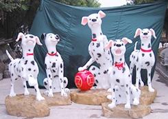 斑点狗雕塑
