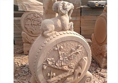 红砂石动物雕塑